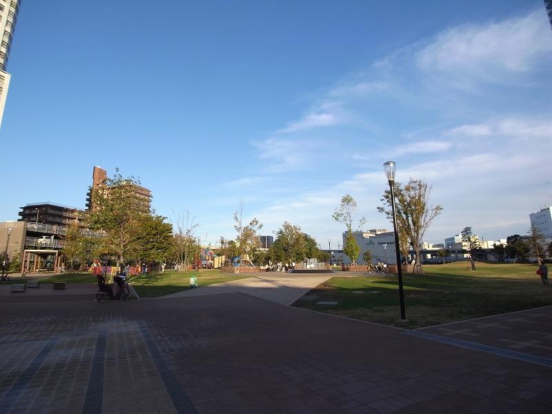 ゆっくり遊べる 港区の港南緑水公園