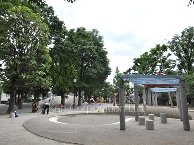 白銀公園 新宿区神楽坂 砂場が広い!