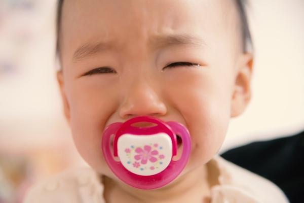 赤ちゃんの夜泣きが、生後6か月から2歳まで続きました。その時の対策のお話。