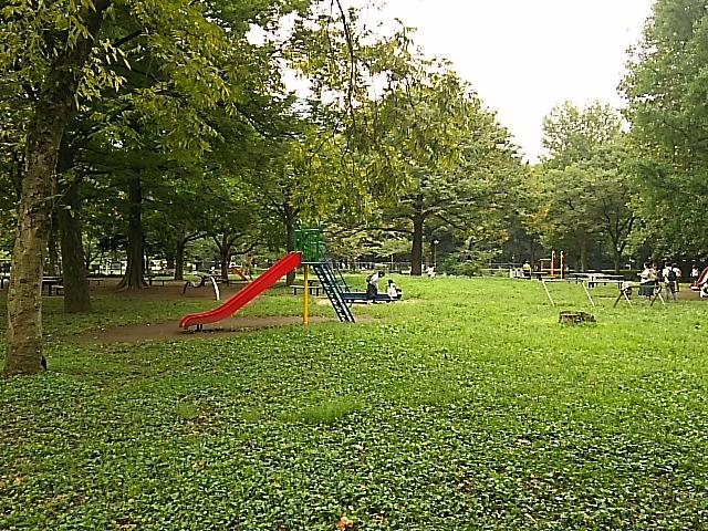 遊具も充実、比較的空いている日比谷公園に行ってきました。