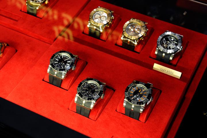 メンズの腕時計、30代のお父さんがつけてかっこいいブランドは?