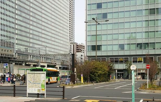 新幹線の見学スポット! 屋内の子供専用でなんとすごい本数が・・・